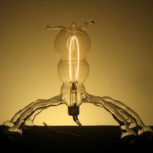 Творческий подход Дилана Кеде Ролофса, современный скульптор из стекла