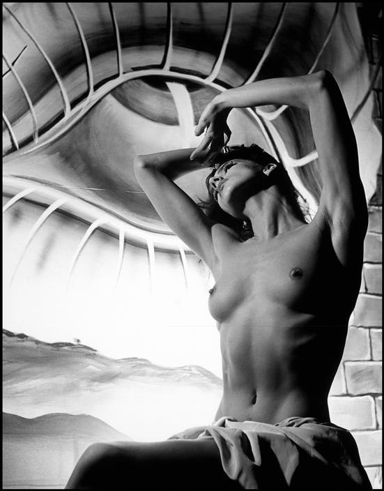 фотографии Филиппа Халсмана, сюрреализм