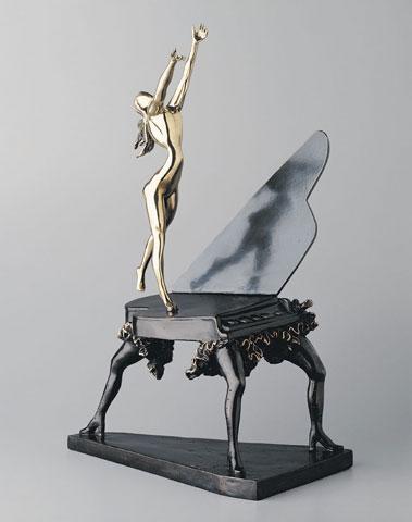 Сюрреализм, скульптуры