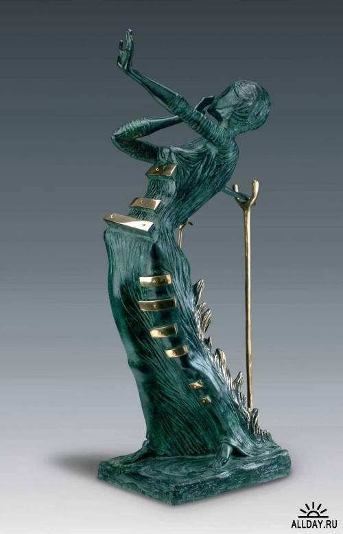 Скульптуры Сальвадора Дали